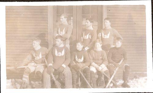38 IIIA Hockey Team 1913